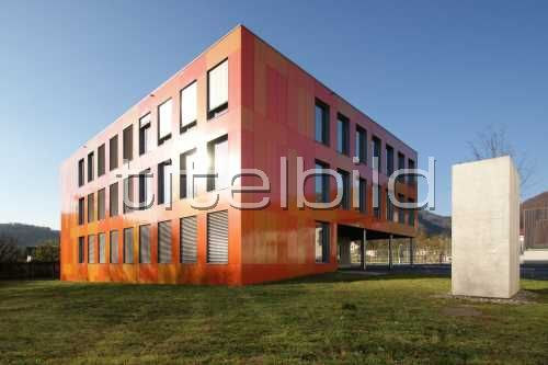 Bild-Nr: 1des Objektes Erweiterung Schulanlage Dorf