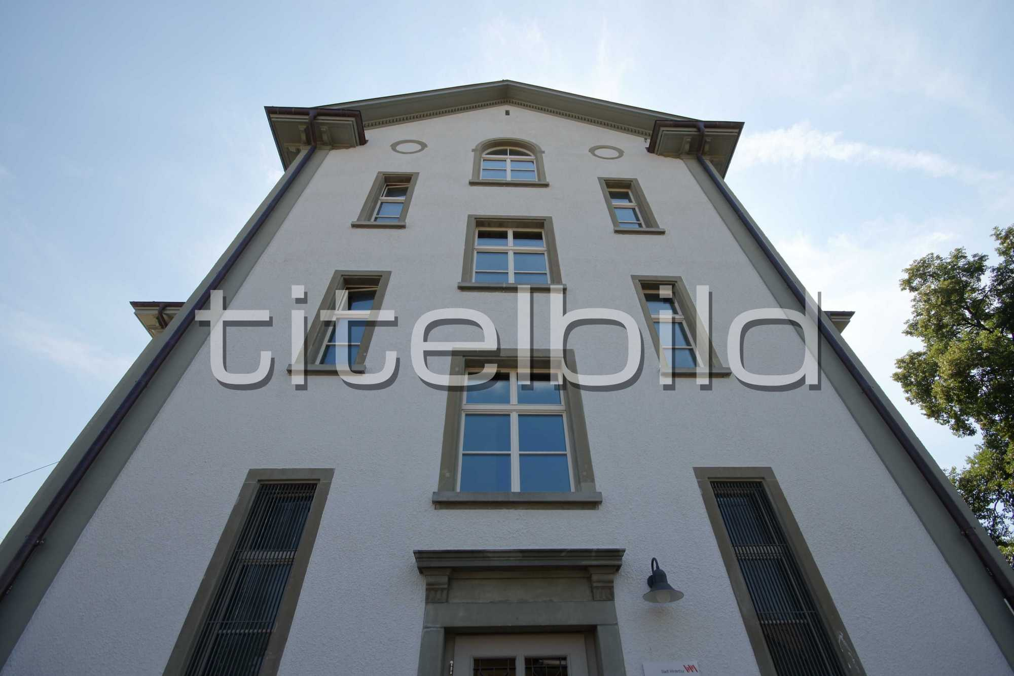 Projektbild-Nr. 7: Schulhaus Dorf