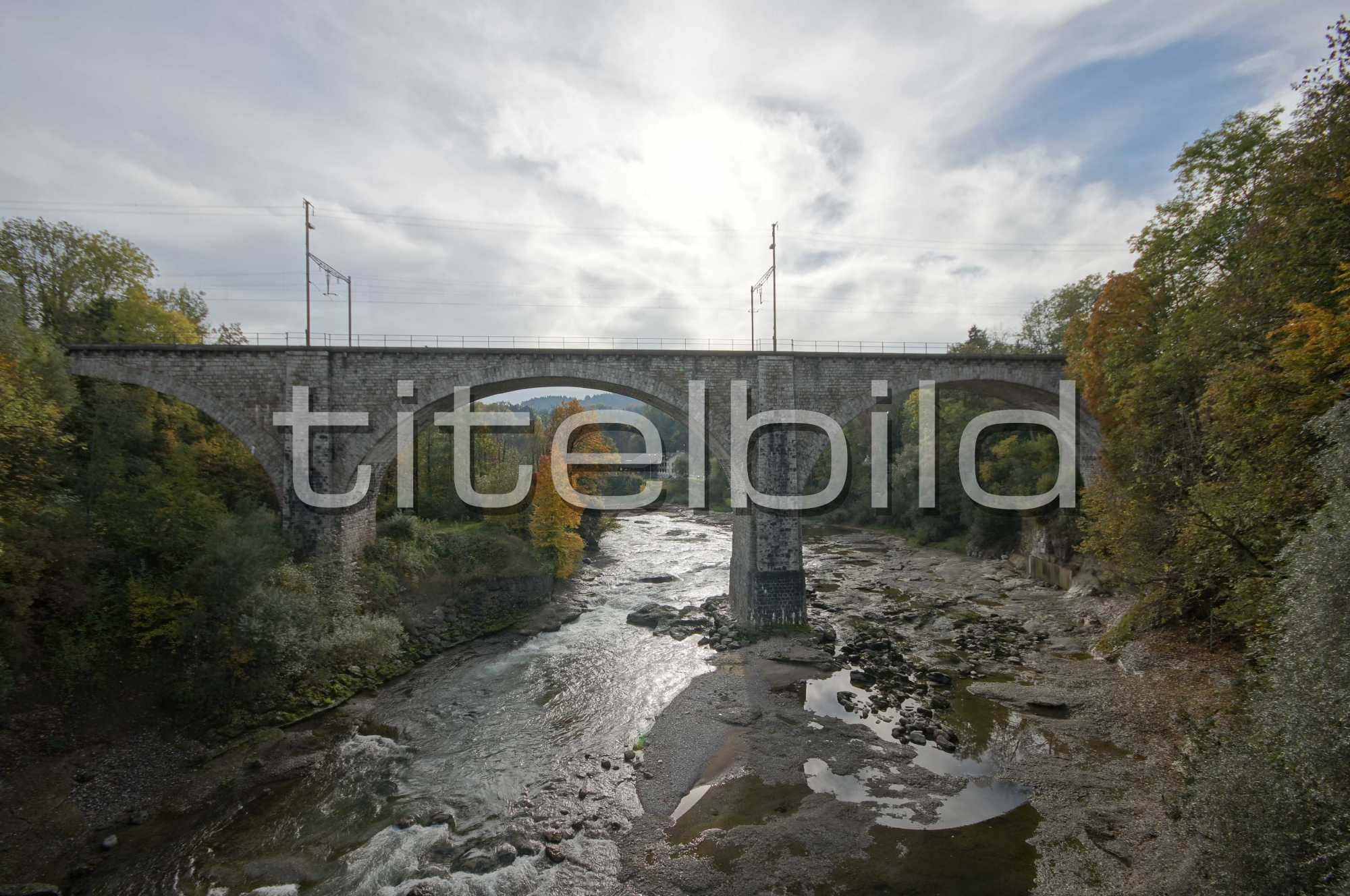 Projektbild-Nr. 0: Eisenbahnbrücke