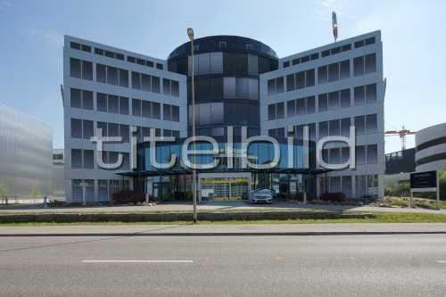 Bild-Nr: 2des Objektes Umbau Mercedes Benz, Pneulager
