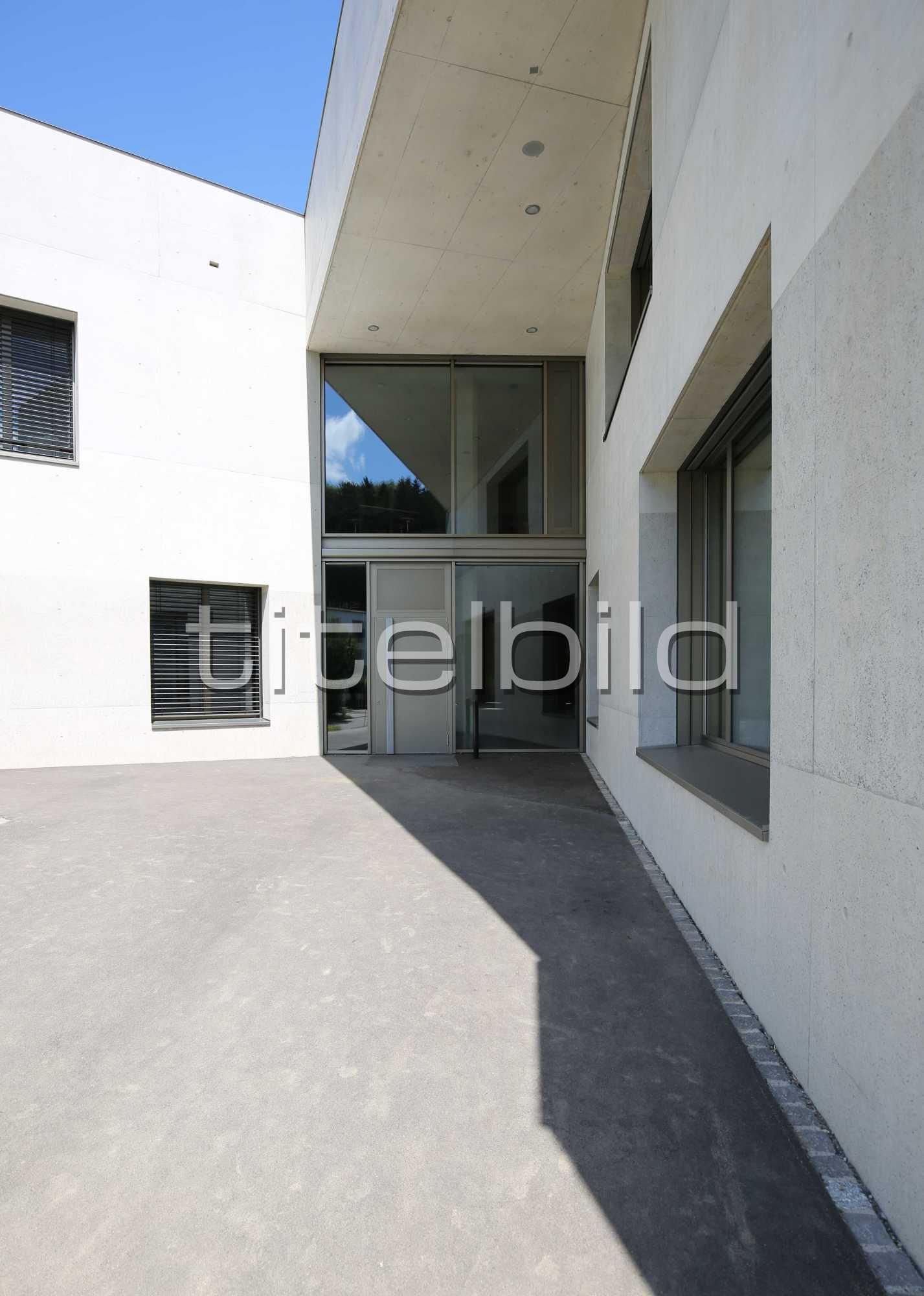 Projektbild-Nr. 8: Schulhaus Zinzikon
