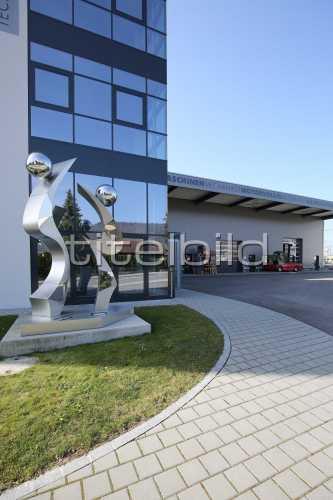 Bild-Nr: 3des Objektes LMB  Landmaschinenmechaniker Ausbildungszentrum SMU