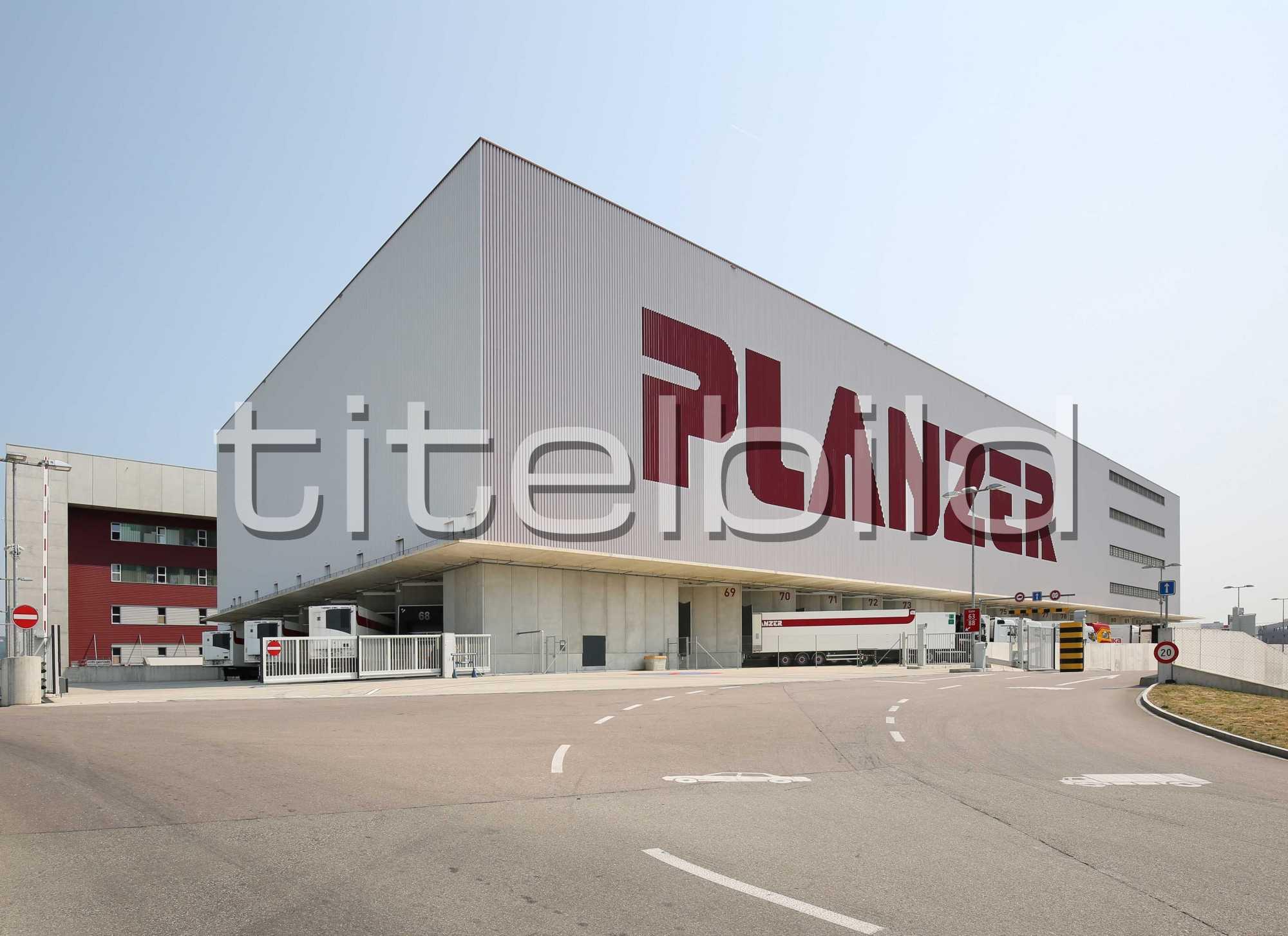 Projektbild-Nr. 0: Logistikcenter Planzer Transport AG