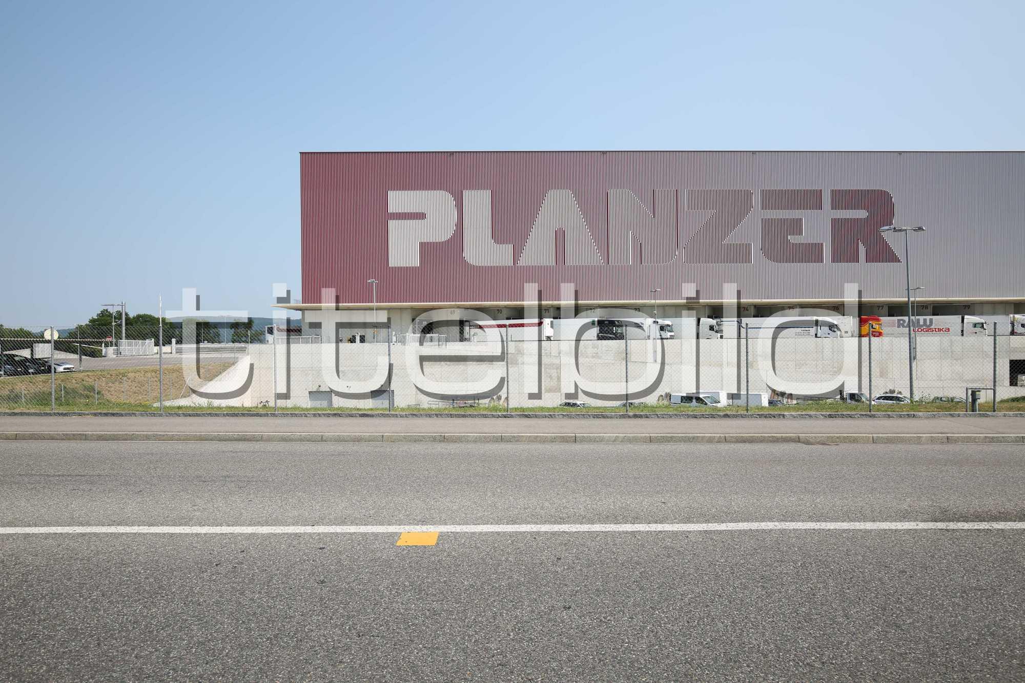 Projektbild-Nr. 2: Logistikcenter Planzer Transport AG