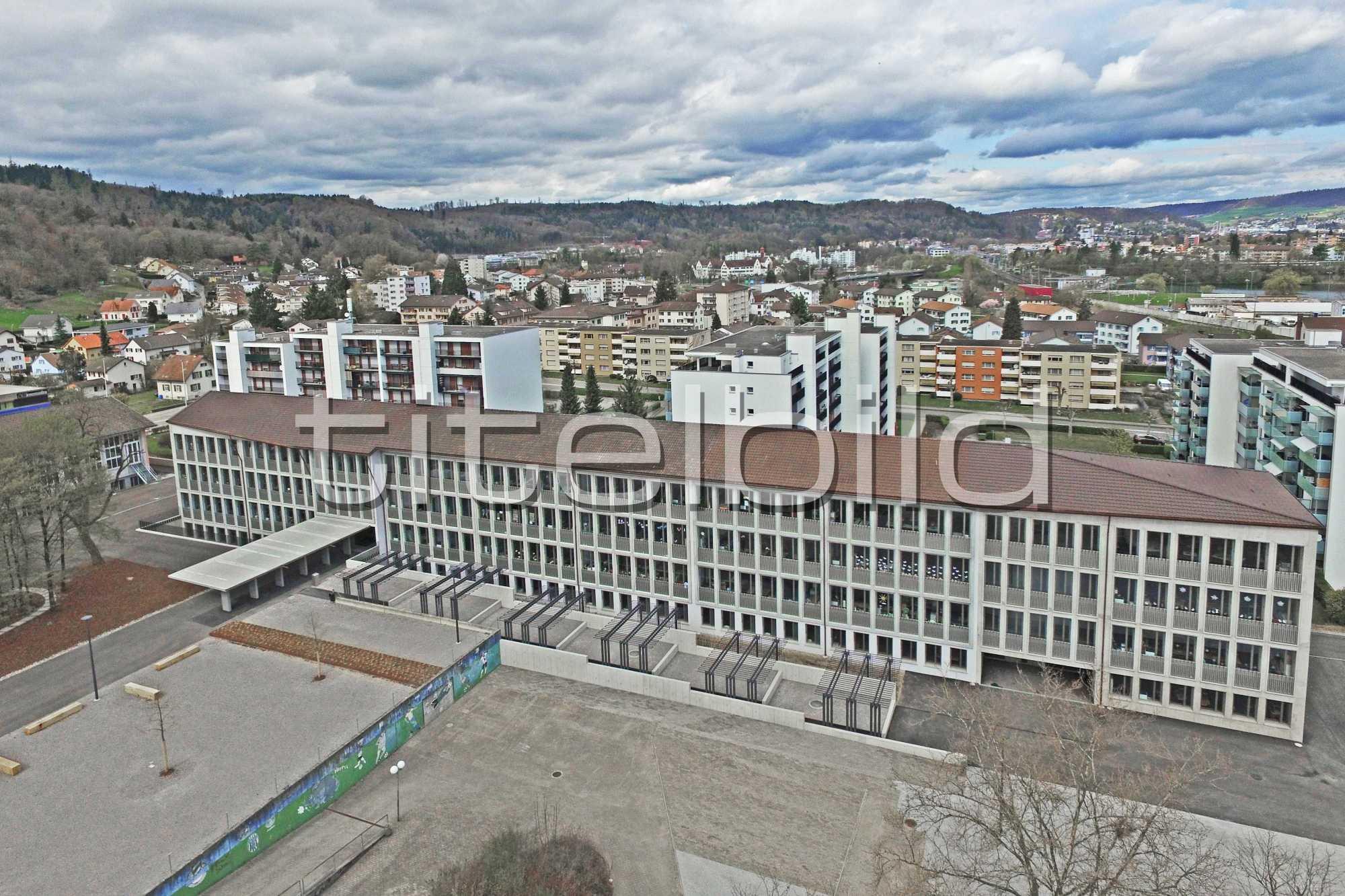 Projektbild-Nr. 0: Schulanlage Neuenhof Schulhaus Schibler