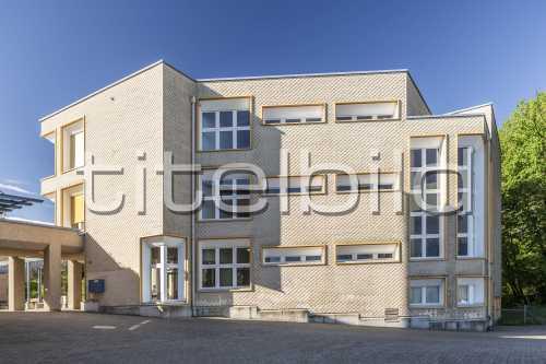 Bild-Nr: 1des Objektes Schulhaus Breiti, Oetwil am See