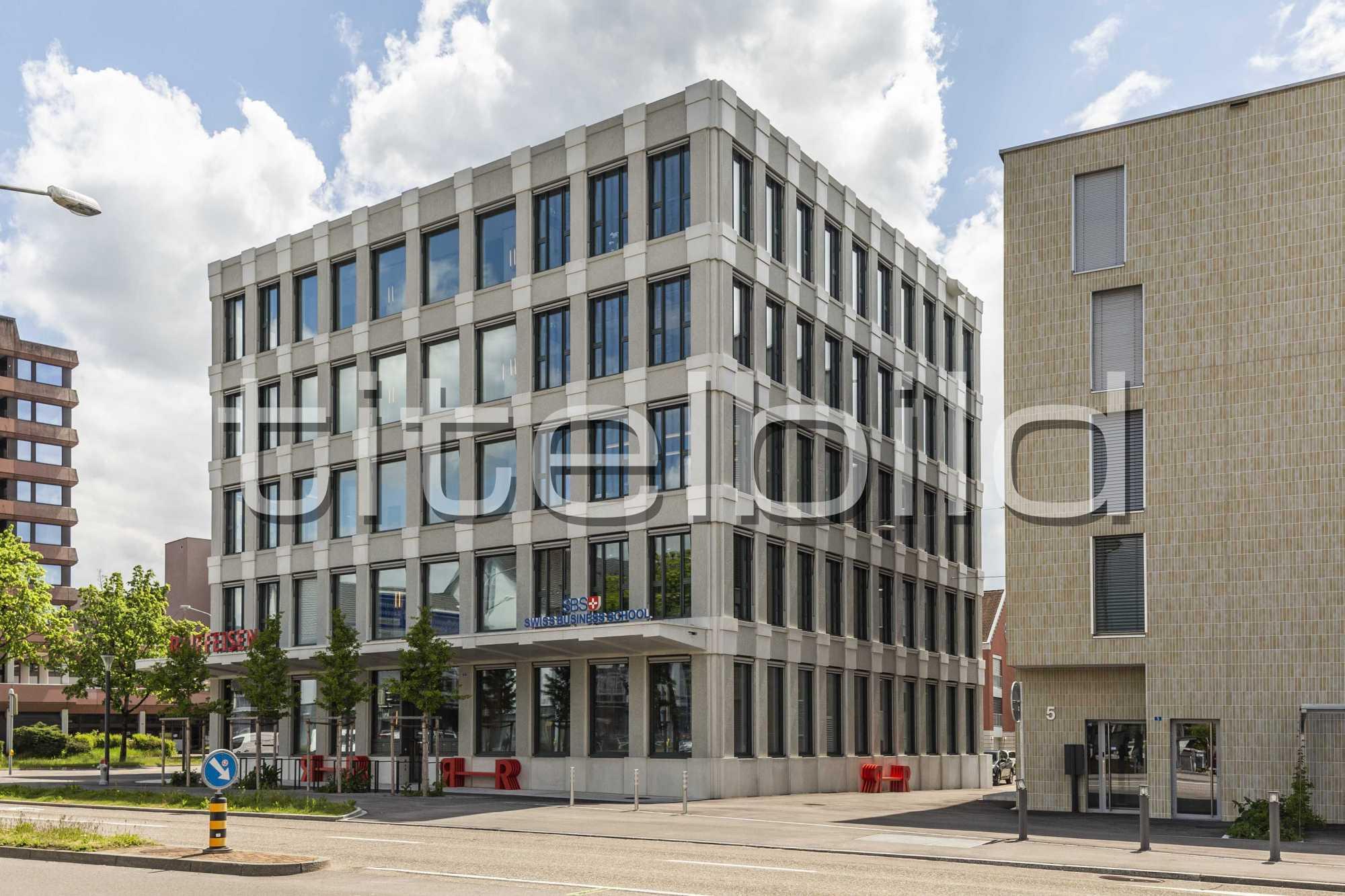 Projektbild-Nr. 7: Neubau Hauptsitz der Raiffeisenbank