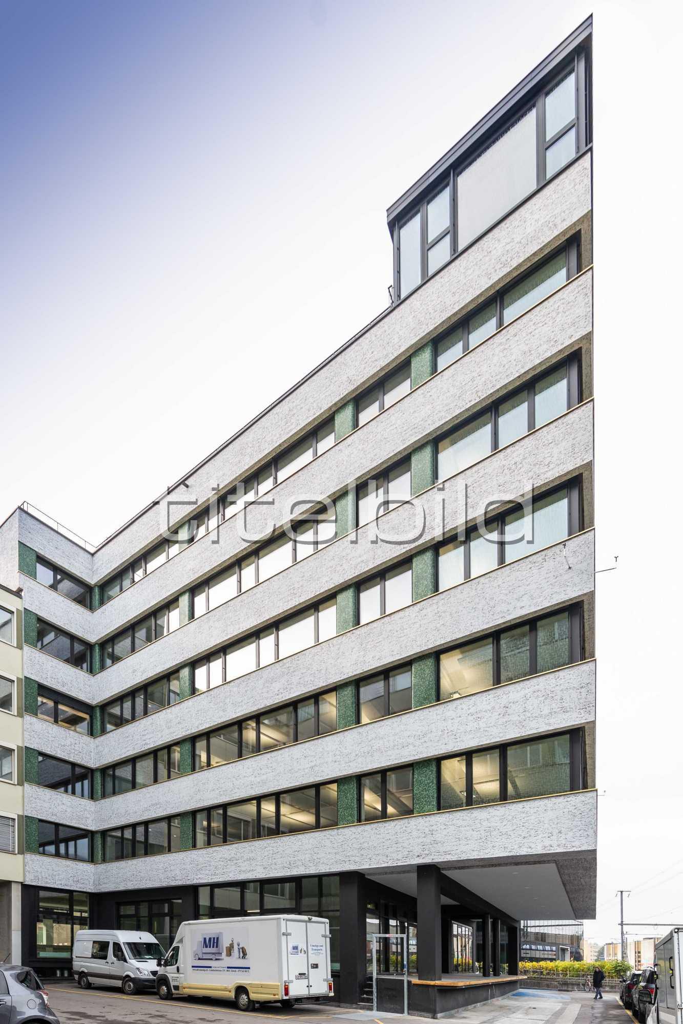 Projektbild-Nr. 1: Sanierung Geschäftshaus Hohlstrasse 612, 8048 Zürich
